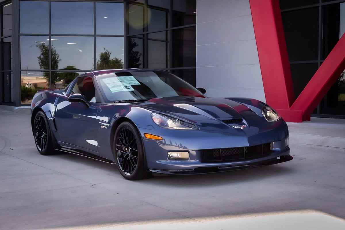 2011-corvette-z06-carbon-limited-edition-number-85-2.jpg