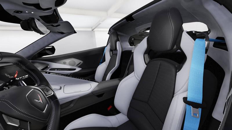 2020-corvette-seat-belt.jpg