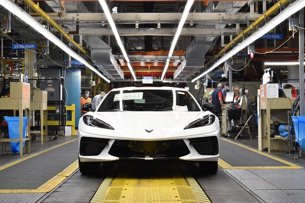 2021-corvette-production.jpg