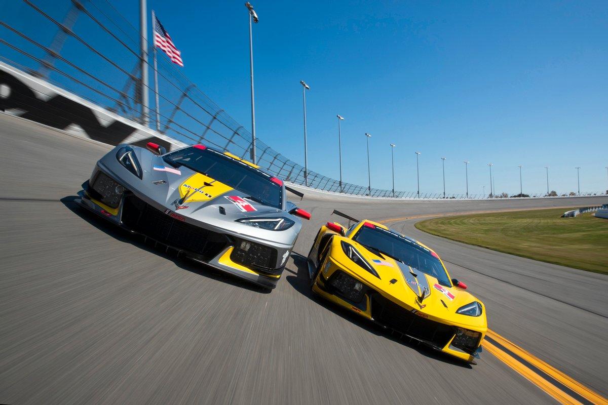 corvette-c8r-on-track.jpg