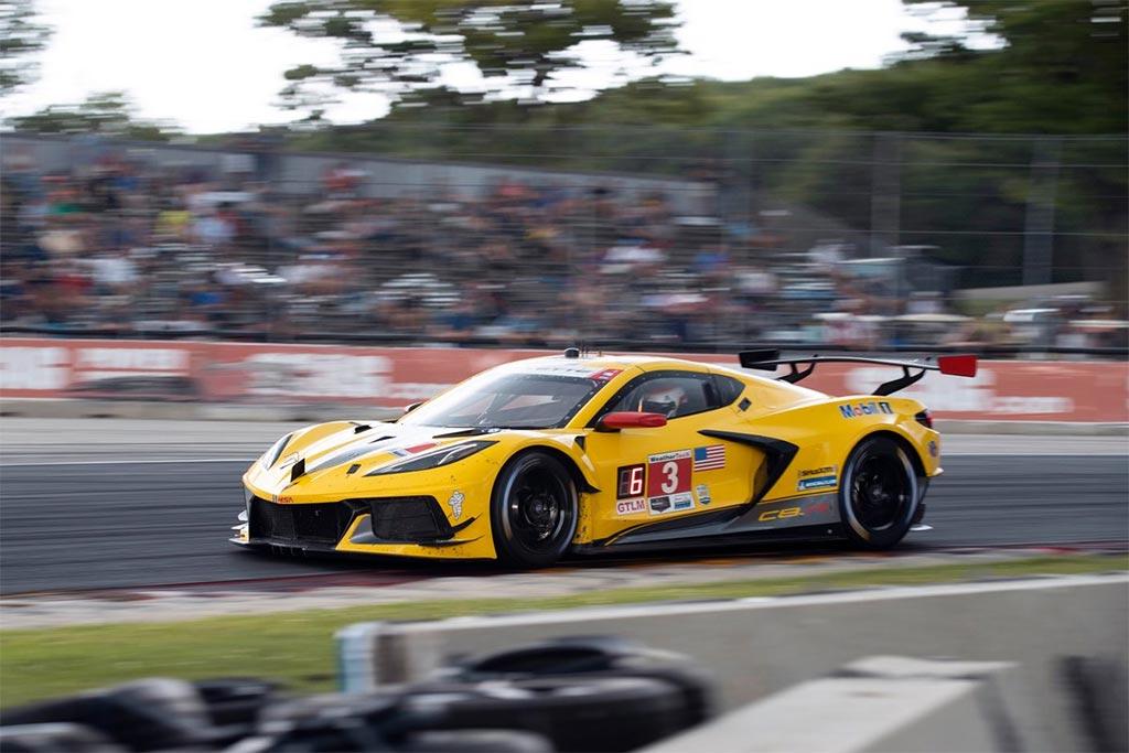 corvette-racing-road-america.jpg