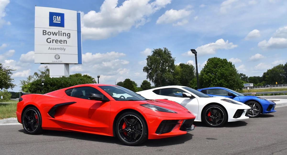 red-white-blue-c8-corvette-assembly-plant.jpg