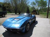 blue car 002.jpg