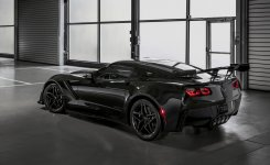 2019-Chevrolet-Corvette-ZR1-013.jpg
