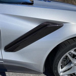 2019 Corvette ZR1 Coupe in Blade Silver Metallic - Number 1586